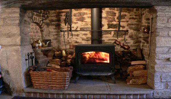 Castle-View-Holiday-Cottage-For-Four-Log-Burne-image-r