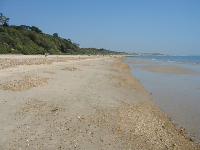 Highcliffe-Beach