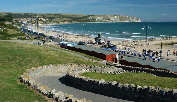 holiday home with sea views Swanage beach