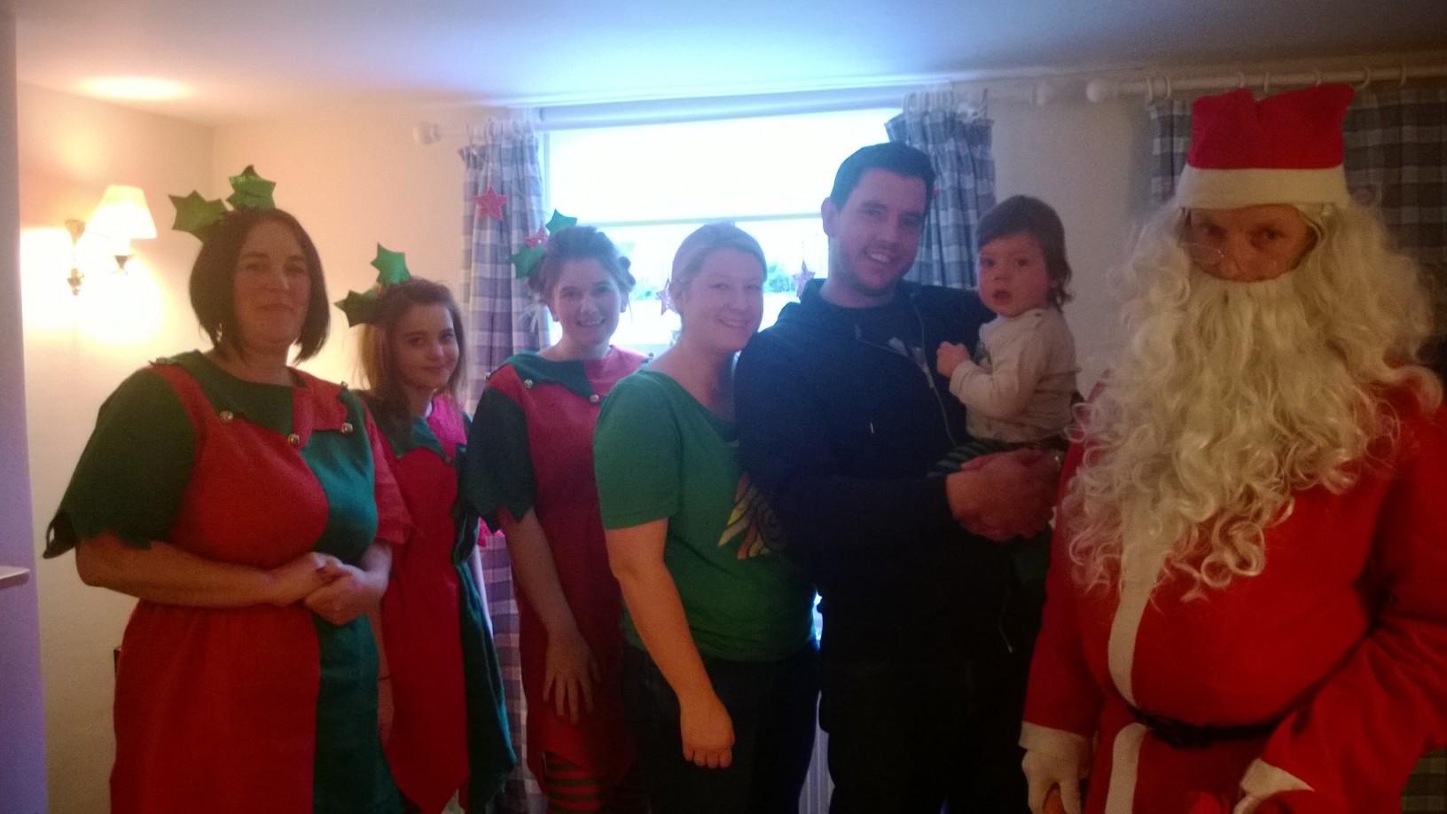 Xmas-santa-visits