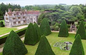 athelhampton-gardens