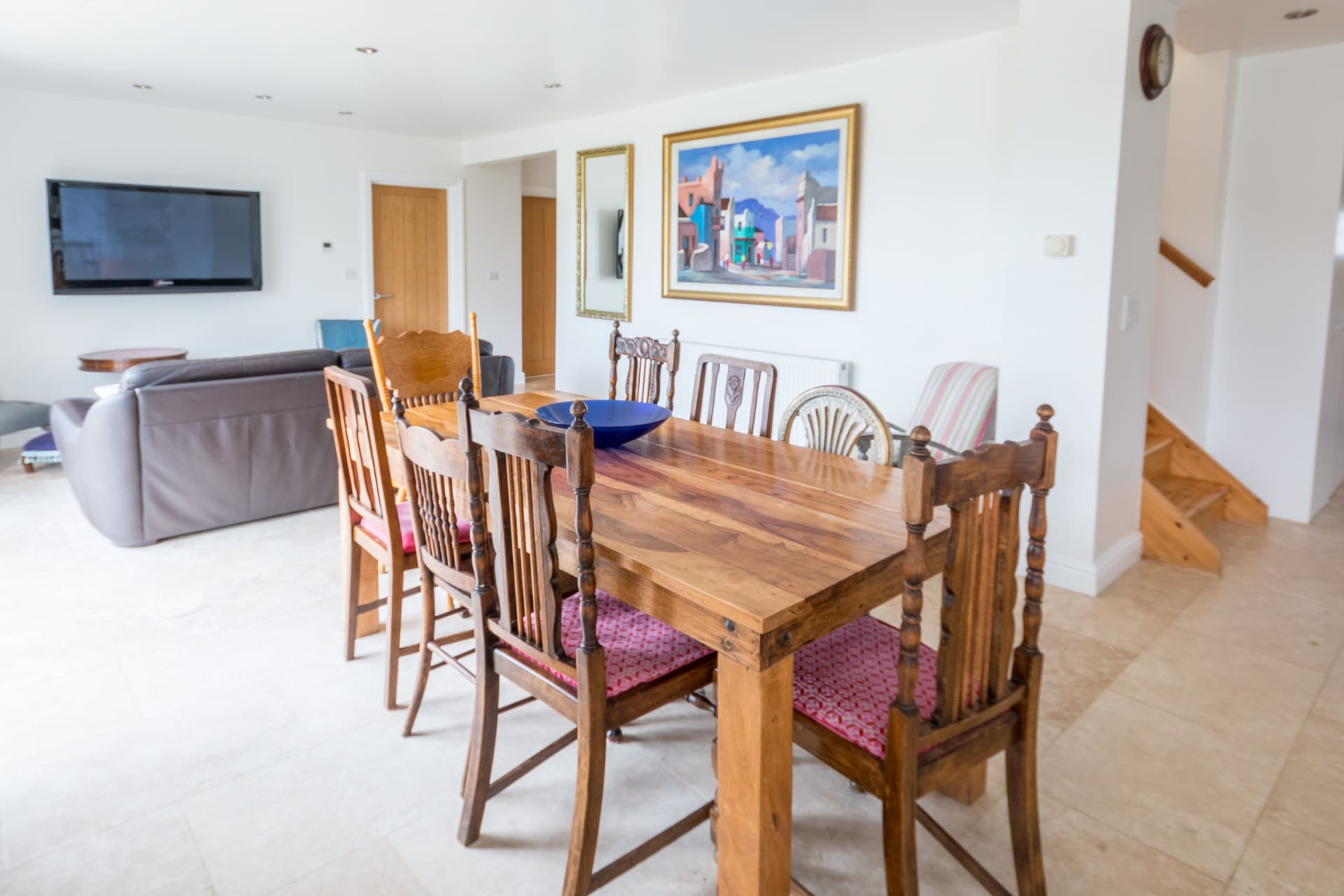 luxury dorset holiday cottage dining table 2