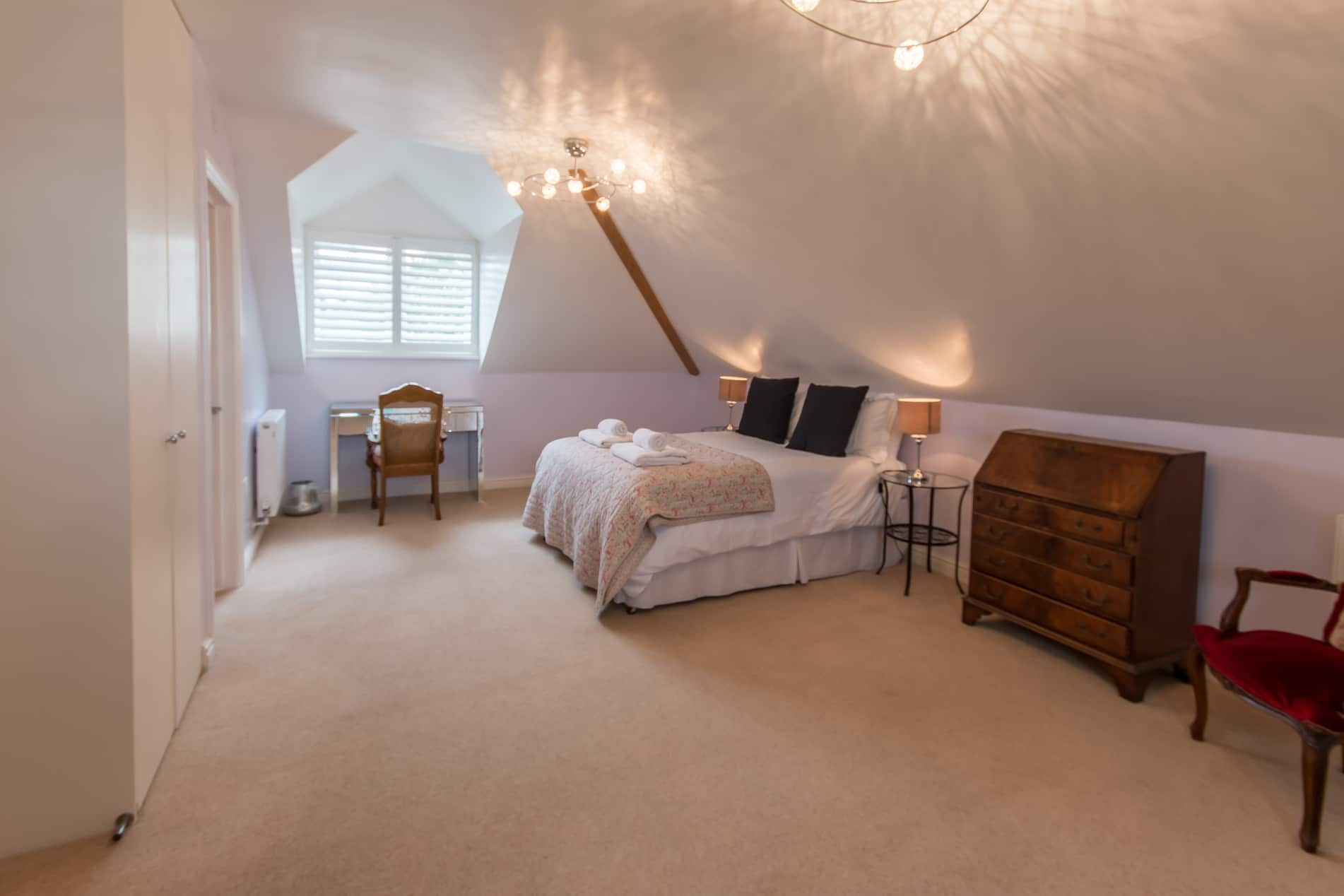luxury dorset holiday cottage bedroom