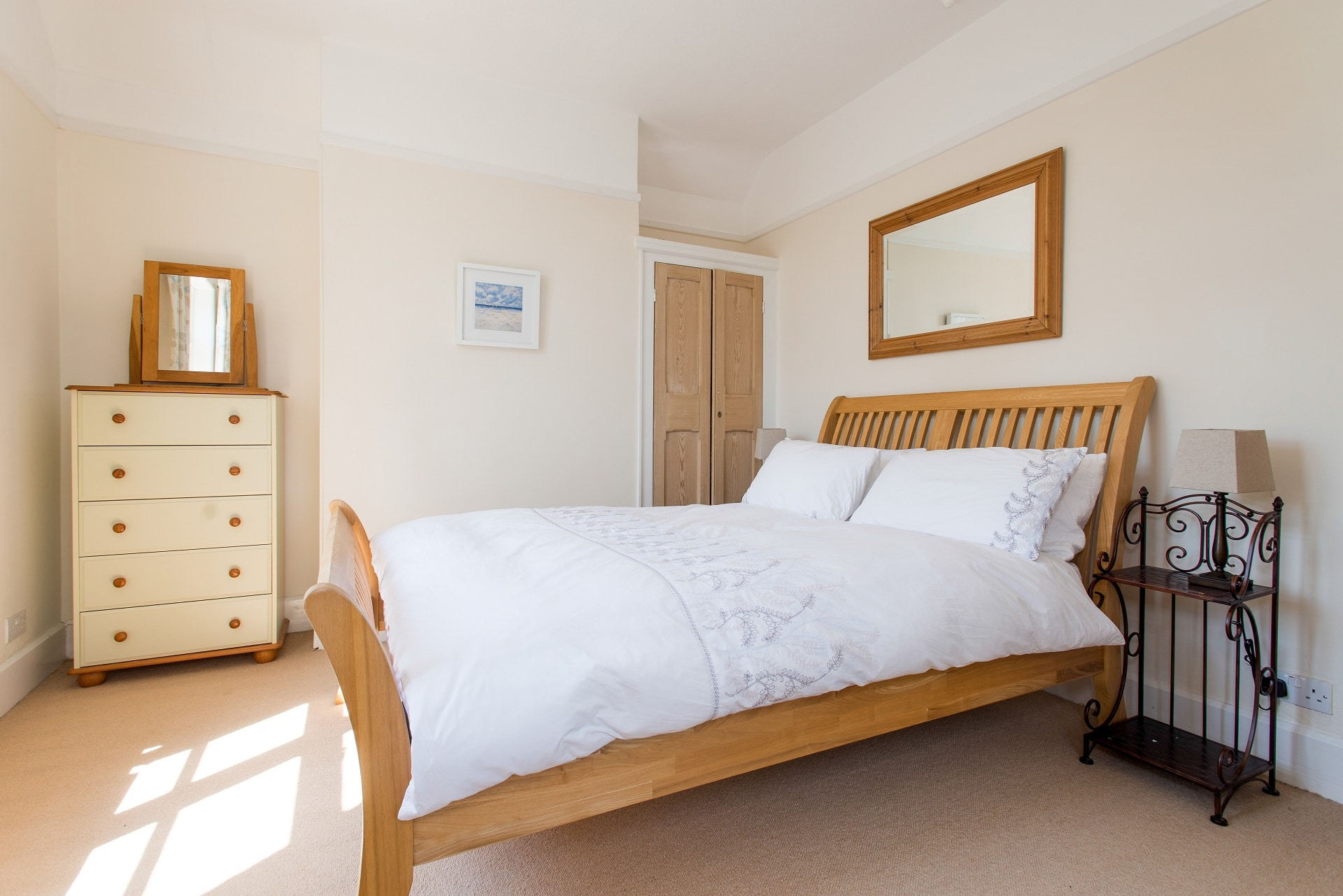 fabulous holiday home in church knowle bedroom 3