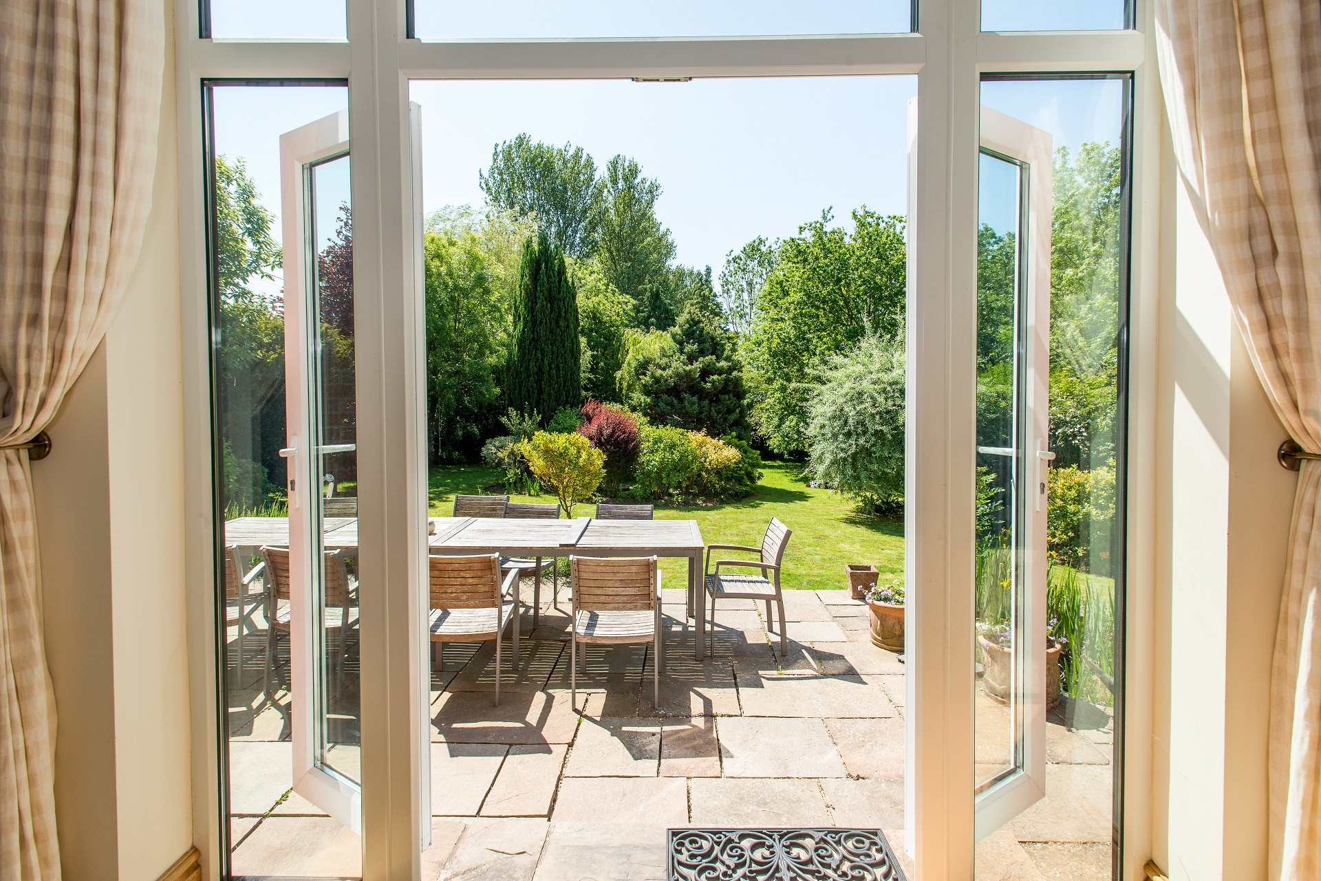 fabulous holiday home in church knowle french window