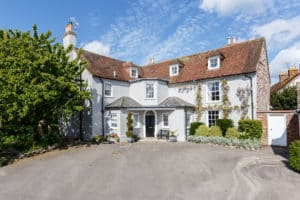 dorset holiday cottage cancellation cover