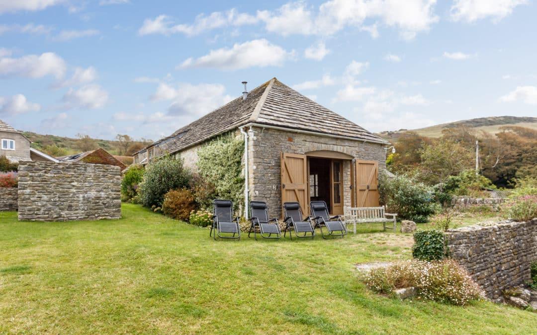 The Stone Barn, Kimmeridge.  Sleeps 10 + 2 & Baby.