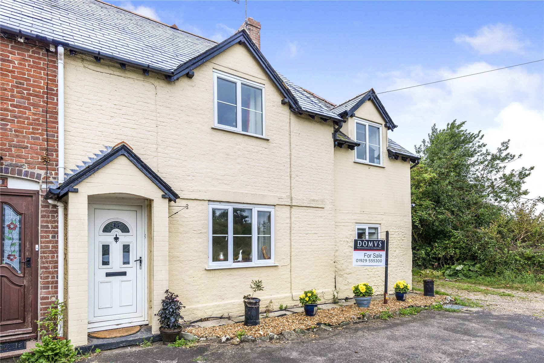 holiday cottage for sale by the coast