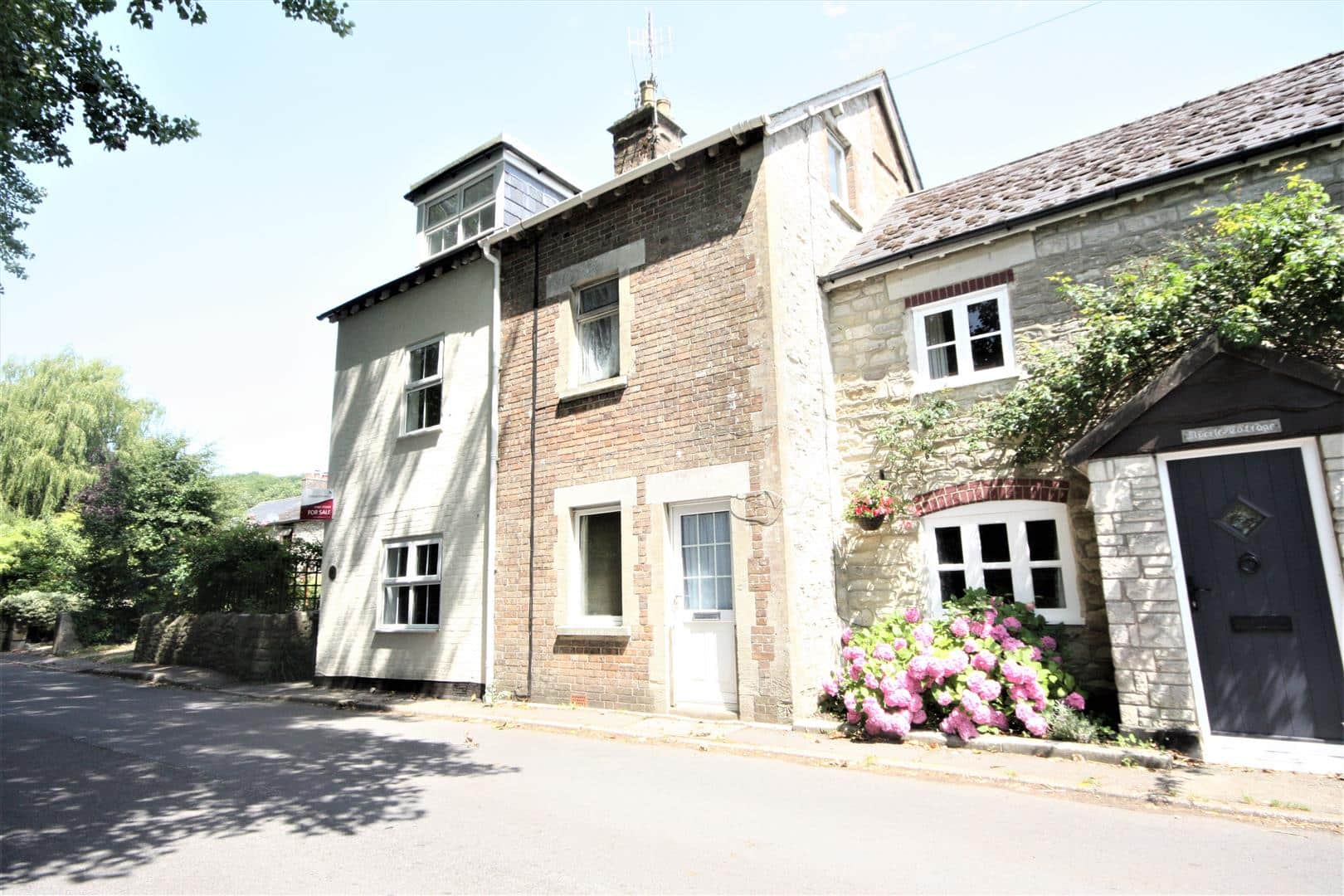 holiday cottages in dorset for sale