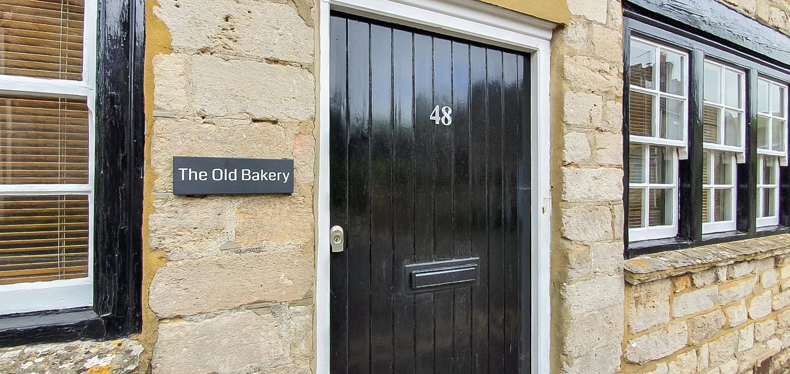 holiday cottages in swanage for sale